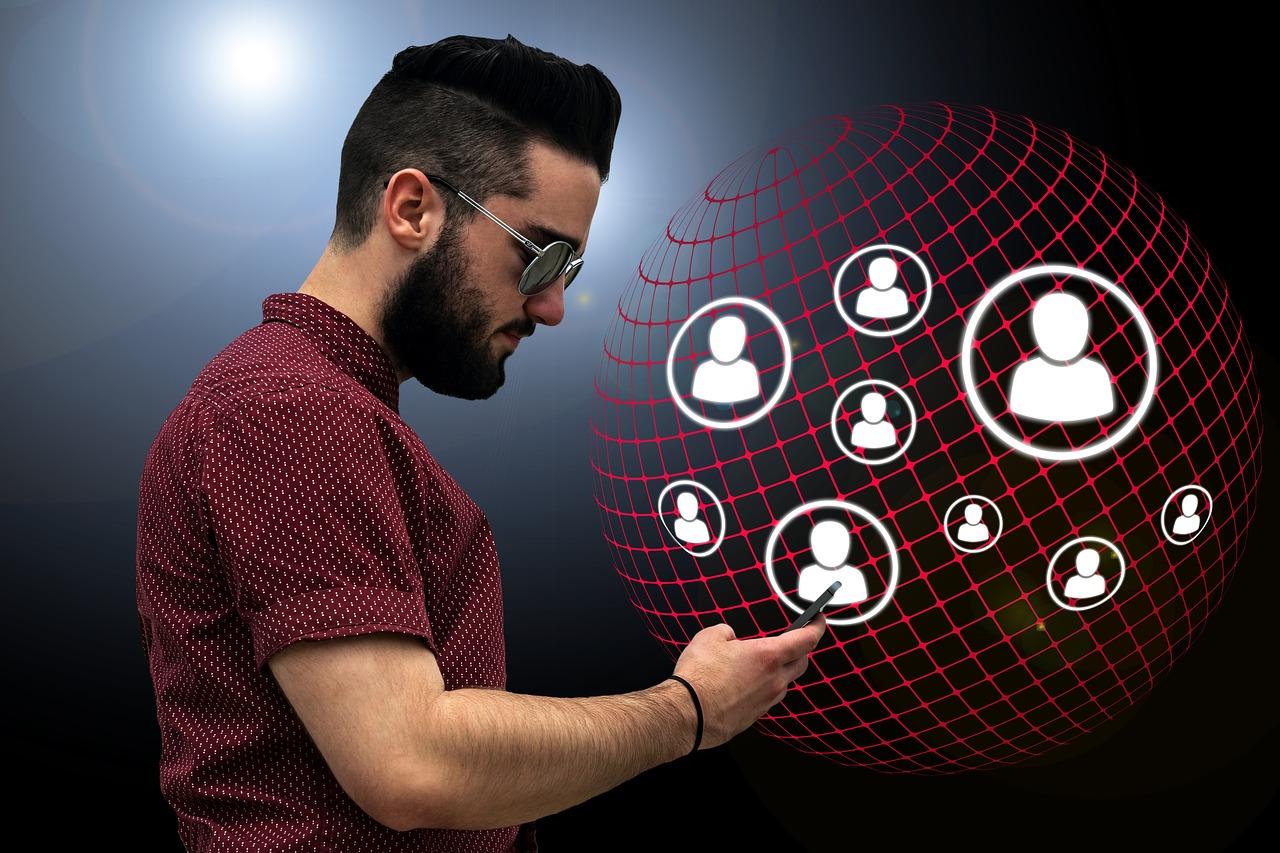 通过同行找采购商+AI自动开发,优贸网这两个功能是宝藏
